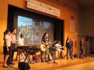 """最後は全員で""""We are the World""""を歌いフィナーレ"""