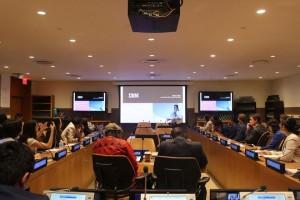 国連本部で国際連合広報局の国連に関する説明を受けた後、IBMの幹部トレーニングを受講しました