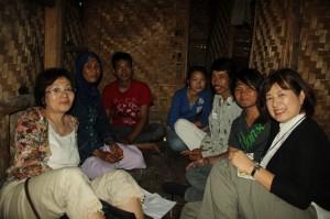 村での家庭訪問
