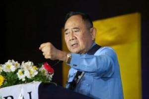 フィリピン共和国・前下院議長のホセ・デベネシア氏