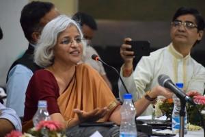 地域における持続的な平和を育んでいくためには、韓国とインドとのつながりも重要だと強調するスピーカーたち