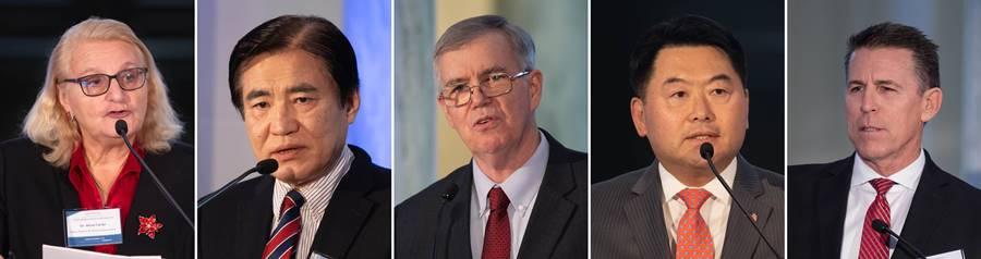スピーカー(左から右):アリシア・カンピ氏(中国・モンゴルのスペシャリスト、元米国外交官)、キム・ジェボム大使(韓米連合副会長)、ジェームズ・フリン氏(グローバル・ピース・ファウンデーション世界会長)リチャード・リー氏(アライアンス・フォー・コリア・ユナイテッド)ロバート・シュルラー氏(ロバート・シュルラーミニストルズ創設者)